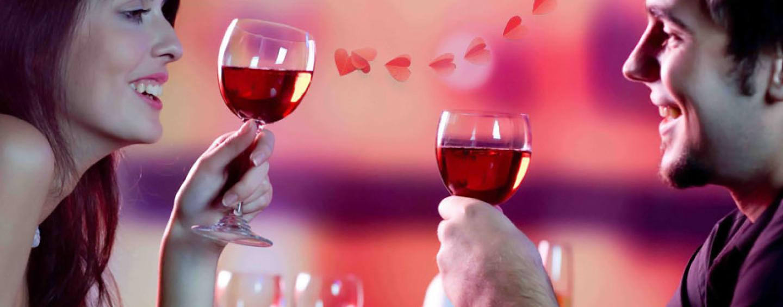 Що подарувати дівчині на день Святого Валентина, романтична вечеря