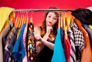 Як правильно розібрати гардероб?
