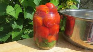Солодкі помідори, мариновані помідори на зиму